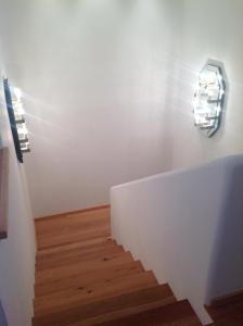 treppe-holz-masterschlafzimmer